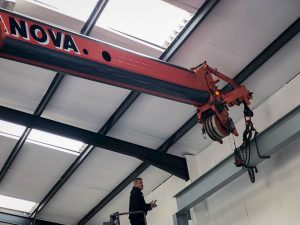 Runner attached to AC40 telescopic boom