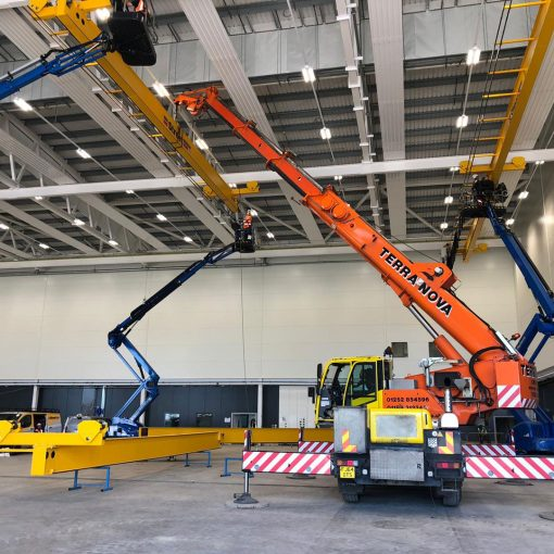 AC40 gantry crane farnborough airport