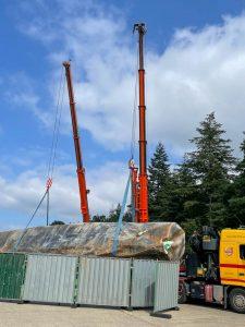 Multi-crane lift - fuel tank